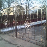 Ворота, забори, каркаси