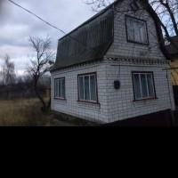 Продам дачний будинок